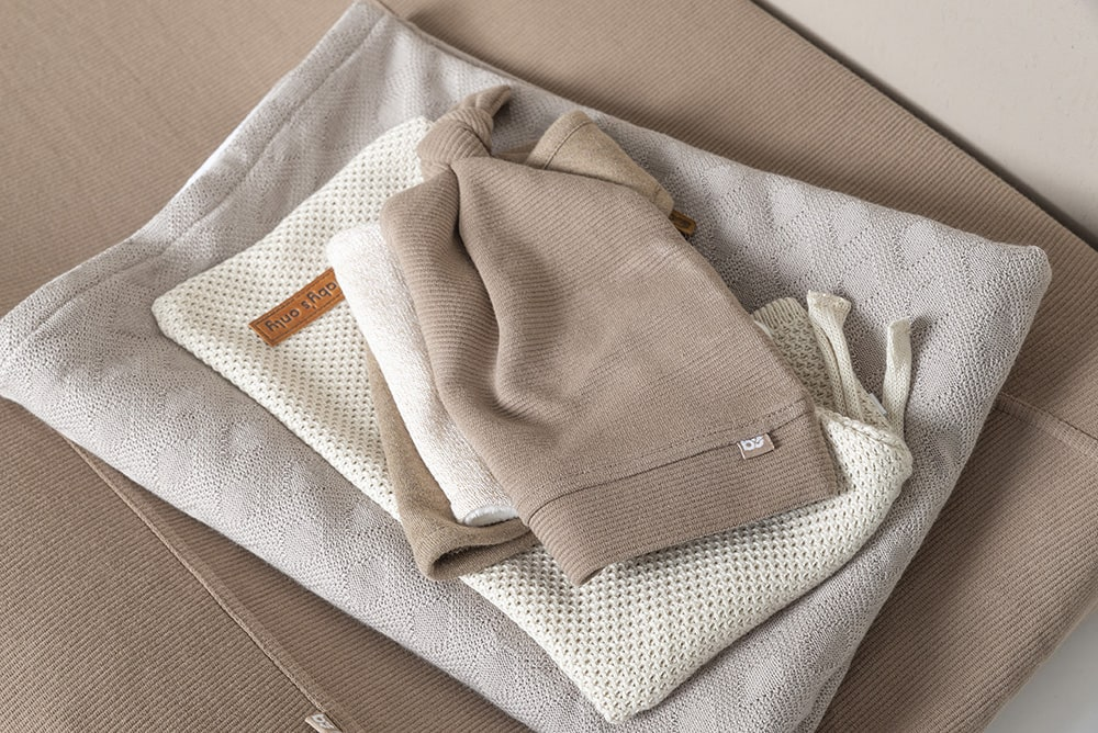 cot blanket chenille reef urban taupe