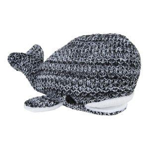Whale River black/white melee